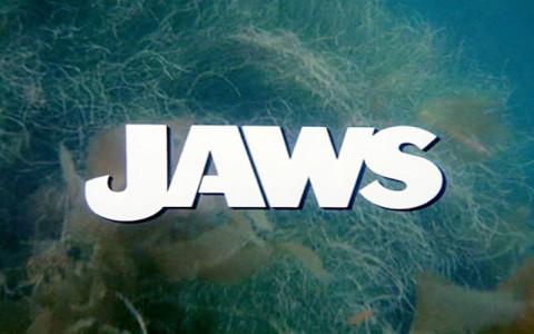 Jaws_001Pyxurz