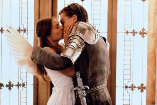 romeo juliet vs the 1996 The opening of romeo + juliet is a bold statement of intent this is not 'straight'  shakespeare the play's prologue is read by a tv news reporter and the rapidly .