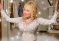 Dolly Parton's Christmas on the Square (2020) Review